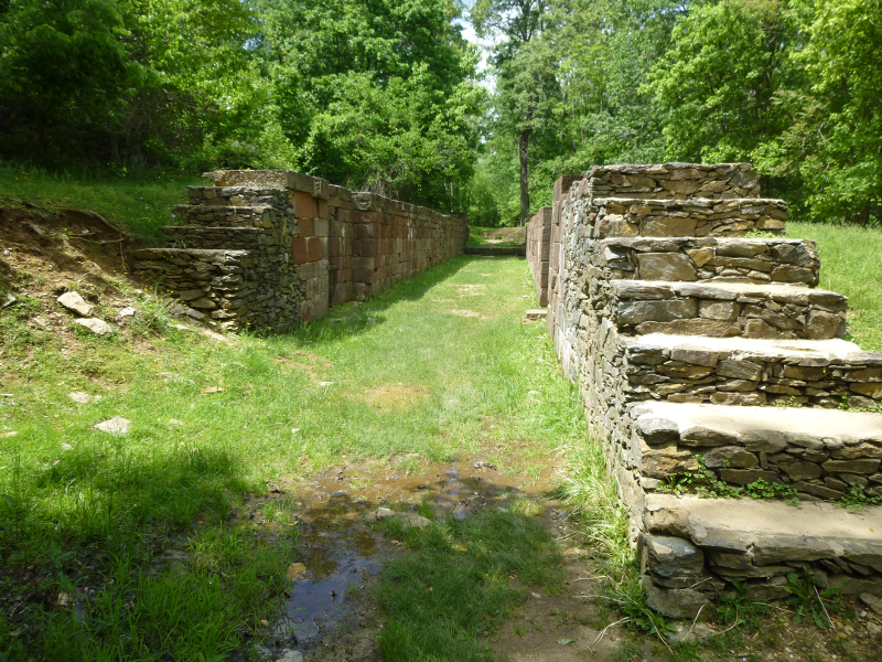 a history of the patowmack canal and matildaville Keeping the past our village, great falls 1785, drawing directors and subscribers from both virginia and maryland, to build the patowmack canal ruins of the canal locks and matildaville, a small village built up along the river to house the construction team, still stands.